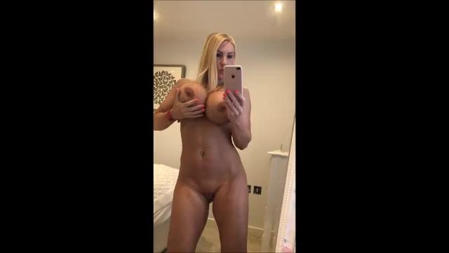 Selfi nude Lizzo Shared