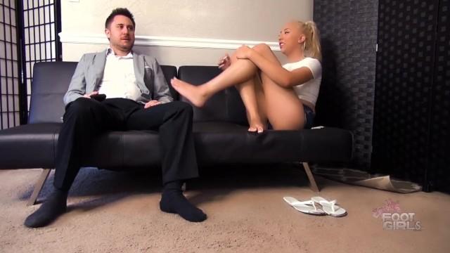 Streaming Gratis Video Nikita Jessica Jones Financial Domination feet Brattyfootgirls.com