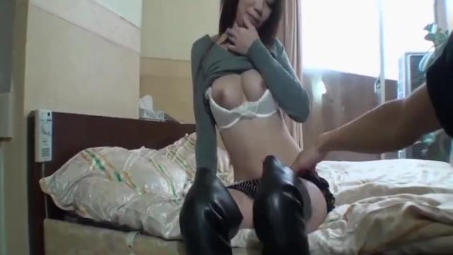 Streaming Gratis Video Nikita Mirzani Miyu Ninomiya gets cock in pussy from random guy