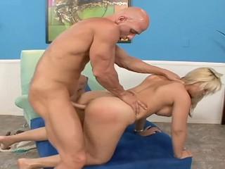Big ass whore sarah vandella fucked reward nice...