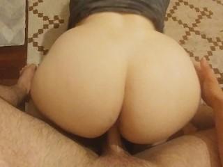 Best big white ass girl sucks fucks...