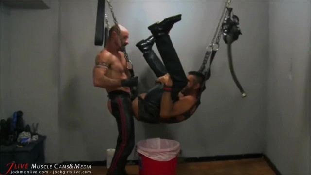 Gay leather free photo - Nasty leather daddy ass fucks his slave at jockmenlive