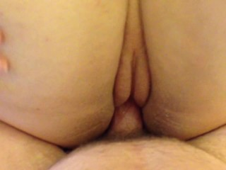 Wife gets a dripping creampie