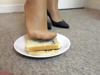 A delicious sandwich for your breakfast...