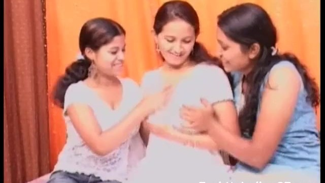 Big tits amature video fuck Indian lesbian gf group sex video