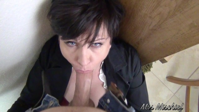 Mrs pennington facial vids - Facefucking the anger management counselor