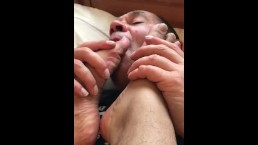 Mature daddy worshipping Indians feet