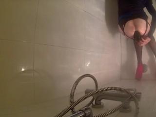 shemale shower dildo anal fuck