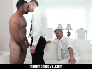 Mormonboyz - Boys flip flop threesome with his leaders