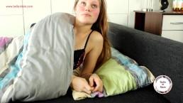 Hausbesuch zerfickt meine Teenypussy