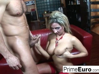 Busty blonde Daria Glover gets properly fucked
