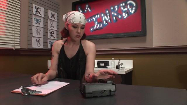 Frankie Gets Inked In The Face By A Customer At Her Tattoo Parlor 11