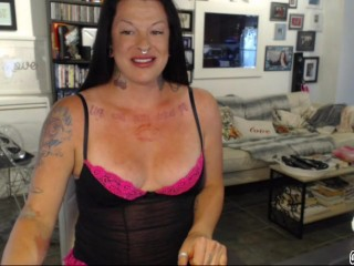 Using my Lovense Hush Buttplug and shooting the hottest load!