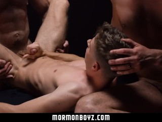 MormonBoyz-Teen Boy Spit Roasted Inside Steamy Temple