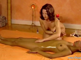 Massage For Women Is Erotic Beautiful and Safe For Couples