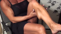 Shapely Muscle Never Looked SOOOO Good. FBB Latia Flexes For The Fans