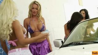 Lesbian car wash - Scene 2