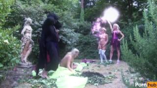 secret garden - Scene 6 Czech swingers