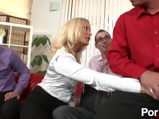 Old lady fucked in the ass