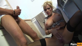 Pay thornes  gay michelle scene for raw blowjob