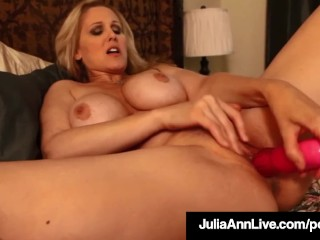 Our Favorite Milf Julia Ann Dildo Bangs Her Perfect Snatch!