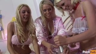 Amy azurras pyjama party vol 2 - Scene 5