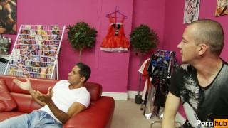 Gemma masseys checkout - Scene 3