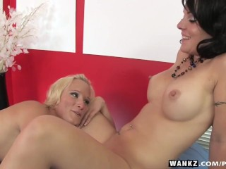 WANKZ- Jewels Gives Harlee Erotic Massage
