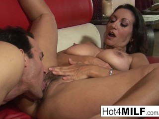MILF with big tits wants a facial