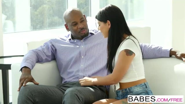 Streaming Gratis Video Nikita Mirzani Babes - Black is Better - Taking Care Of Business starring Gina Valentina