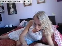 かわいいブロンドのティーンベッドルームヌードはありませんcoconut_girl1991_040217 chaturbate REC