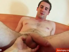 Gyome's cock massage ! (Delivery straight guy seduced for gay porn)