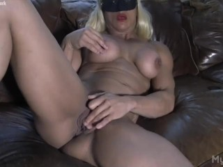 Naked Female Bodybuilder Masturbates Her Big Clit