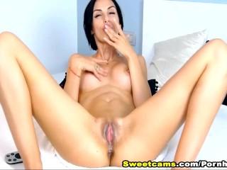 Brunette Babe Fingering Wet Pussy to Orgasm