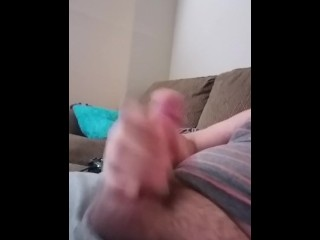 Chubby guy cums all over his shirt