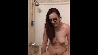 Masturbation with bathroom milf dildo mom toy