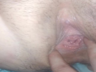 Eating and playing with wifes pussy
