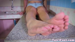 Kinky oriental footfetish tranny enjoys fetish tgirlfoot