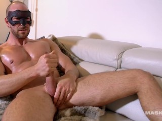 Built Maskurbate Fan Jerks His Cock for the Camera