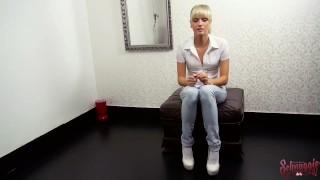 Süß und pervers - Arschfick beim 1. Amateur Casting Schnuggie91 porno