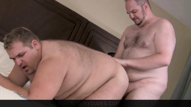Big Built Bull With Big Fat Cock Chubby Cum