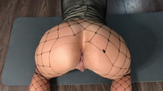 POV Sis in pantyhose doogy with shoot on ass