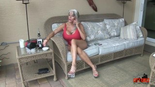 Hot Cougar Stepmom Fucks Her Young Son Modeling bts