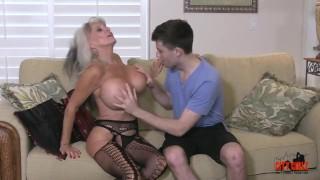 Young son hot fucks stepmom her cougar huge fingering