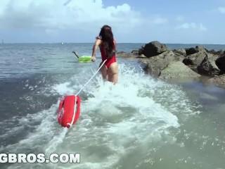 BANGBROS - Latina Valerie Kay's Sexy Big Ass Saves the Day