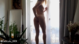 Fit girl masturbating by the window - LeoLulu