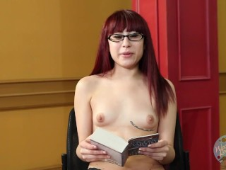 Topless Girls Reading: Game Of Thrones with Jenna Mynx