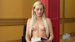 Topless Girls Reading: Game Of Thrones with Nikki Seven