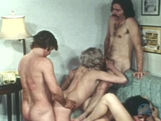 Classic Porn: Horny Young Lesbians