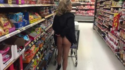 TANNED BUBBLE BUTT MILF FLASHING PUSSY IN WALMART!
